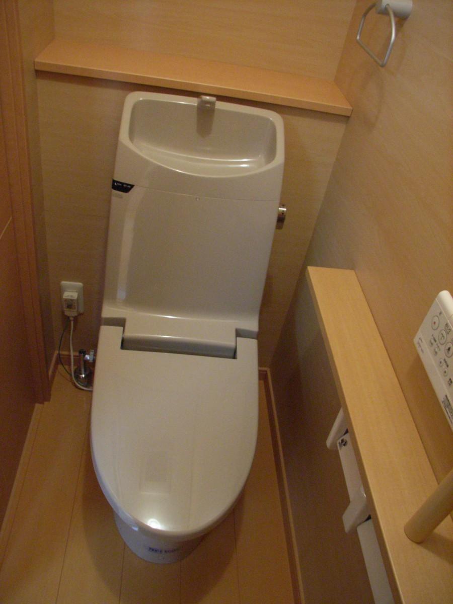 トイレ006